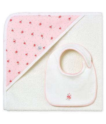 Quadratisches baby-badetuch und lätzchen mädchen