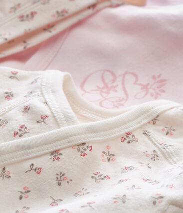 Zwei Langarmbodys und Mütze für Neugeborene im Geschenkset